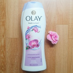 SỮA TẮM OLAY FRESH OUTLAST Soothing Orchid Black Currant 700ml