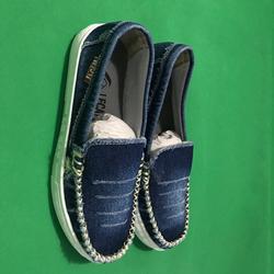 Giày sandal xỏ ngón nữ kiểu giày mọi slip on