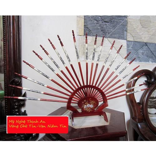 Đũa thờ có giá đỡ xòe hình quạt gỗ hương DT20 10 đôi