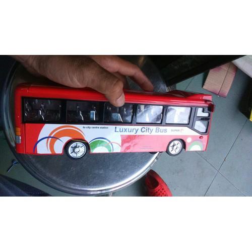 Xe mô hình xe buýt chạy pin có đèn và nhạc tặng kèm pin tiểu AA