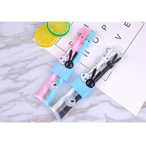 bộ 2 bút bi xóa được đầu thỏ