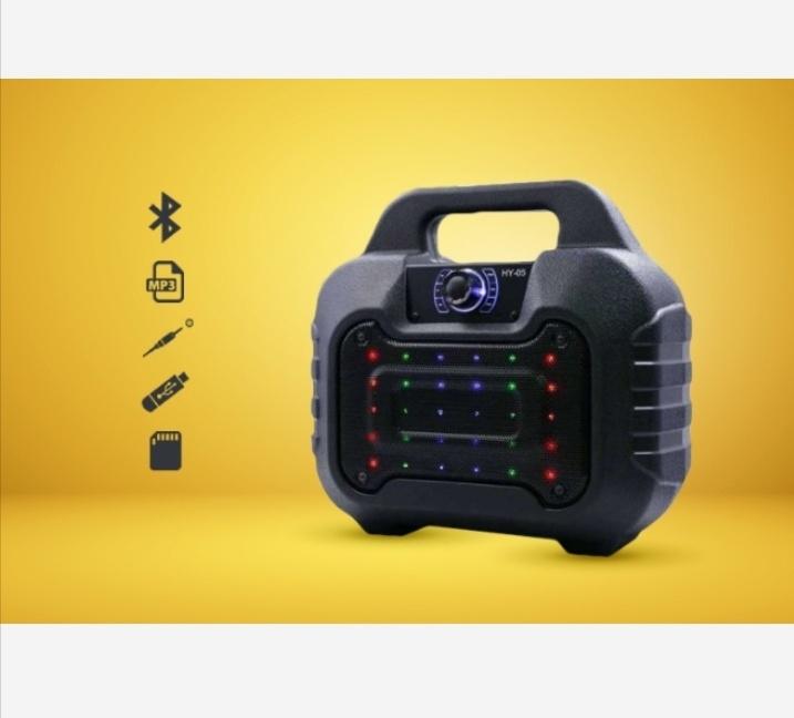 Loa bluetooth HY-05 hay tặng kèm micro dây hát karaoke 3