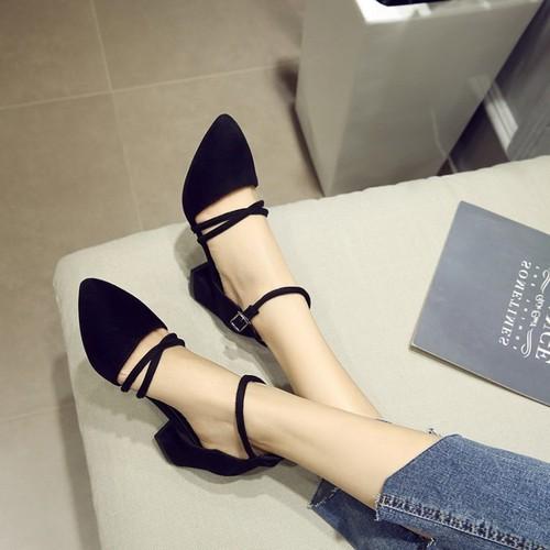 Giày sandal cao gót bít mũi nhung 2 dây đan chéo 5p - 10794988 , 11191148 , 15_11191148 , 149000 , Giay-sandal-cao-got-bit-mui-nhung-2-day-dan-cheo-5p-15_11191148 , sendo.vn , Giày sandal cao gót bít mũi nhung 2 dây đan chéo 5p
