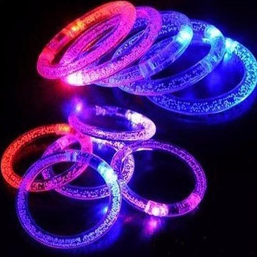 combo 2 vòng đeo tay phát sáng - đồ chơi phát sáng