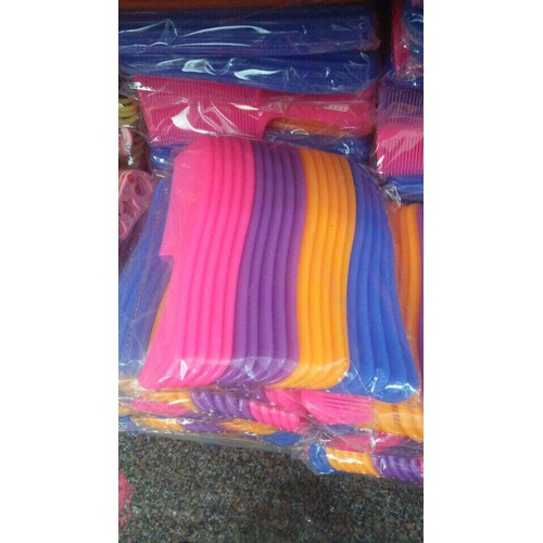 CHUYÊN SỈ: 10 chiếc lược chải đầu nhiều màu tiện dụng cực bền - 10807629 , 11245374 , 15_11245374 , 64000 , CHUYEN-SI-10-chiec-luoc-chai-dau-nhieu-mau-tien-dung-cuc-ben-15_11245374 , sendo.vn , CHUYÊN SỈ: 10 chiếc lược chải đầu nhiều màu tiện dụng cực bền