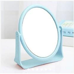 Gương trang điểm để bàn 2 mặt đều là gương
