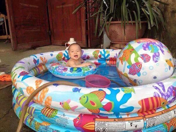Bán buôn bể bơi phao 3 tầng 3 chi tiết Intex 59469