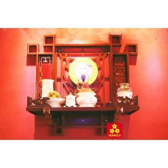 Mẫu bàn thờ Phật bằng gỗ Căm xe 68 - Giá : 4,200,000 đ
