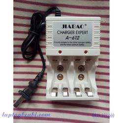 Sạc Pin đa năng Jiabao A612 - sạc pin 2A,3A, pin vuông 9V