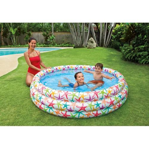 Bể bơi tự bơm xếp gọn tại nhà giúp bé thoải má vui đùa