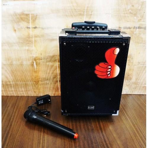 Loa kéo di động Q8 cool tặng micro không dây