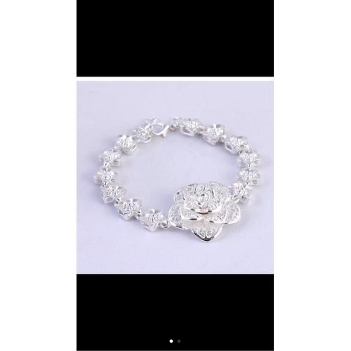 Lắc tay thời trang hoa Quỳnh ánh bạc