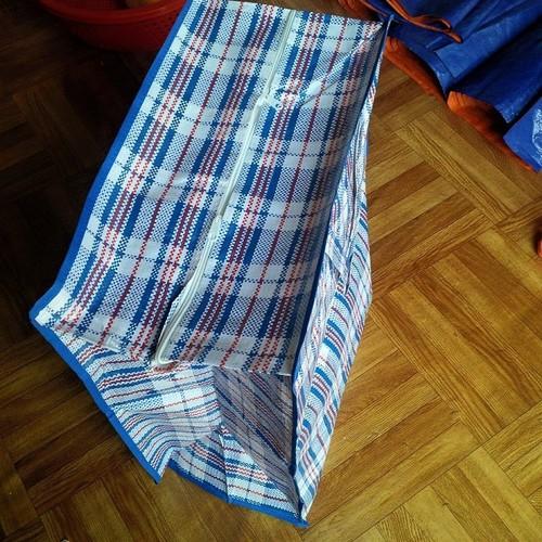 Combo 4 Túi bạt đựng đồ, quần áo, chăn màn - 4422805 , 11660080 , 15_11660080 , 200000 , Combo-4-Tui-bat-dung-do-quan-ao-chan-man-15_11660080 , sendo.vn , Combo 4 Túi bạt đựng đồ, quần áo, chăn màn