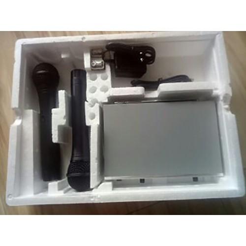 micro không dây UT 2458