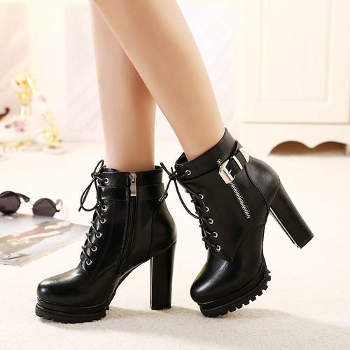 Giày boot nữ cao gót cá tính B117 - 5349448 , 11698687 , 15_11698687 , 490000 , Giay-boot-nu-cao-got-ca-tinh-B117-15_11698687 , sendo.vn , Giày boot nữ cao gót cá tính B117