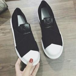 giày slip on nữ xinh quá chèn ơi