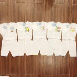 Combo 5 bộ sơ sinh cho bé