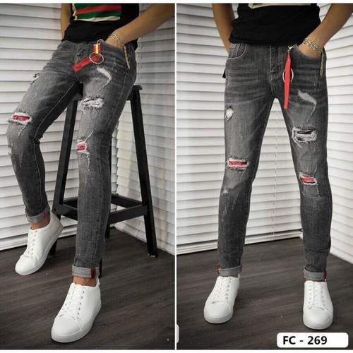 Jean rách bạc màu
