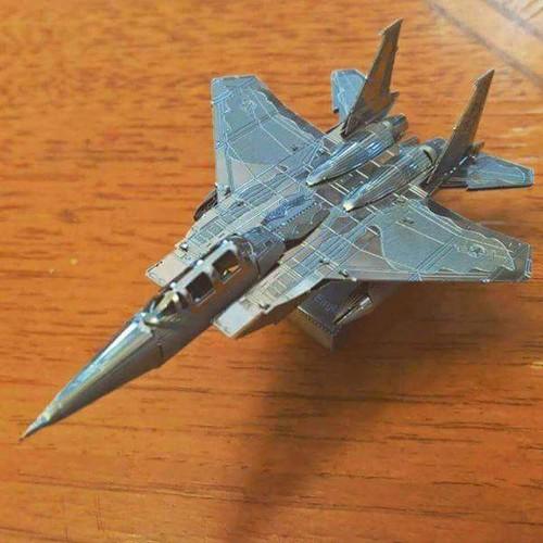 Mô hình kim loại lắp ghép trang trí 3D máy bay f15 bằng thép không gỉ-tặng dụng cụ lắp ghép