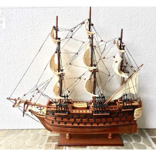 Mô hình Thuyền chiến cổ HMS Victory - Thân 40cm - Gỗ tự nhiên
