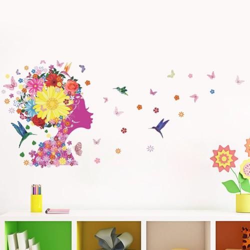 Dán tường 3D Cô Gái DT81829