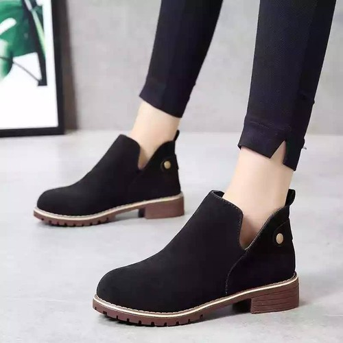Giày boot nữ thấp cổ cổ V