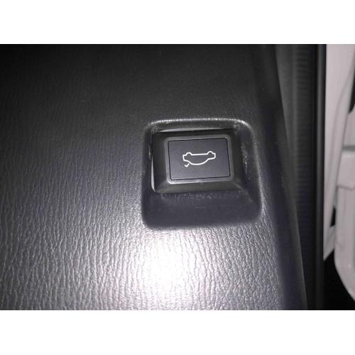 Nút mở cốp mazda 3 sedan facelift - 5552323 , 11962349 , 15_11962349 , 230000 , Nut-mo-cop-mazda-3-sedan-facelift-15_11962349 , sendo.vn , Nút mở cốp mazda 3 sedan facelift