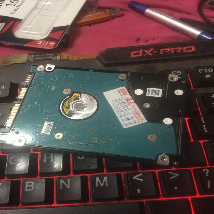Ổ Cứng Laptop HDD Tooshiba 1000G Sata 3 5400RPM BH 6 Tháng 7