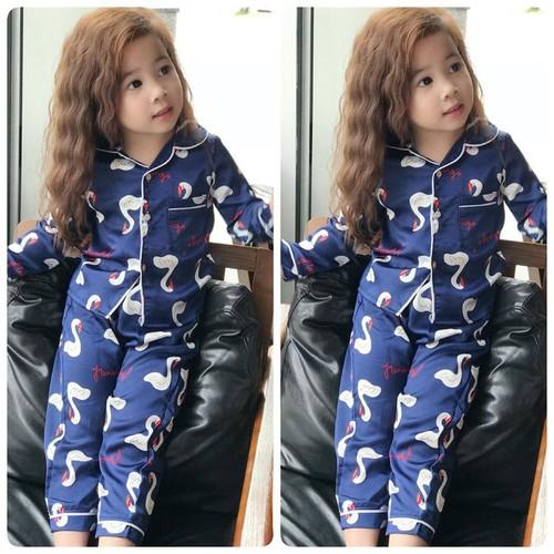 Bộ pijama lụa cao cấp dài tay in hình cho bé gái từ 8kg-11kg - 7840415 , 11561441 , 15_11561441 , 150000 , Bo-pijama-lua-cao-cap-dai-tay-in-hinh-cho-be-gai-tu-8kg-11kg-15_11561441 , sendo.vn , Bộ pijama lụa cao cấp dài tay in hình cho bé gái từ 8kg-11kg