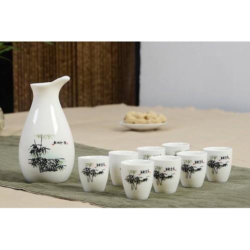 Bình rót rựu  kèm 8 cốc thiết yếu gia đình