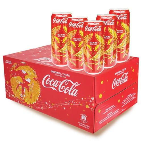 Nước ngọt Coca-Cola tết lon 330ml thùng 24 lon - 6727011 , 13415384 , 15_13415384 , 180000 , Nuoc-ngot-Coca-Cola-tet-lon-330ml-thung-24-lon-15_13415384 , sendo.vn , Nước ngọt Coca-Cola tết lon 330ml thùng 24 lon
