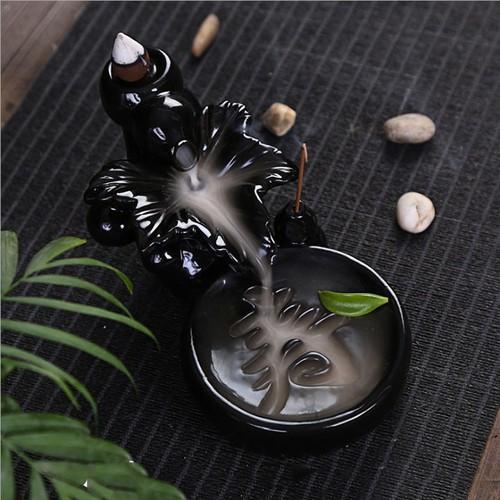 Thác khói trầm hương tượng chiếc lá khắc chữ Thọ  màu đen tặng 10 nụ trầm hương