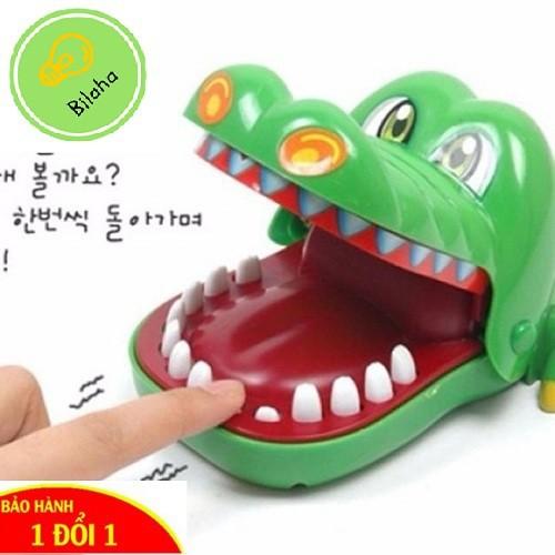 Trò chơi cá sấu cắn tay khám răng cá sấu