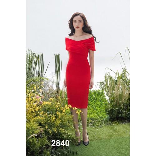 Đầm body đỏ trễ vai