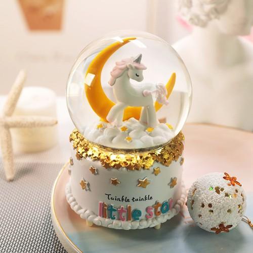Quả cầu tuyết ngựa unicorn có nhạc có đèn thổi tuyết MẪU 1 BỞI WINWINSHOP88