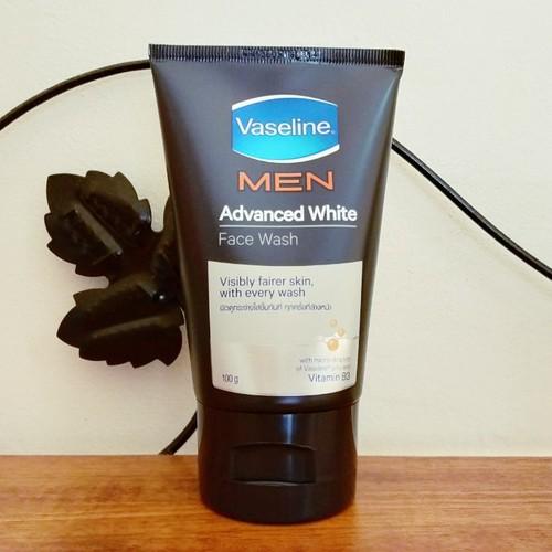 Sữa rửa mặt Vaseline Men Advance WhiteThái Lan 100G