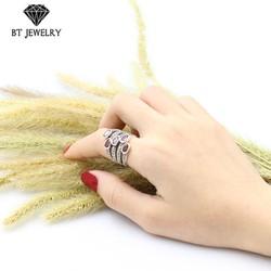 Nhẫn Nữ 5 Hàng Đá Đỏ Thương Hiệu Bt Jewelry
