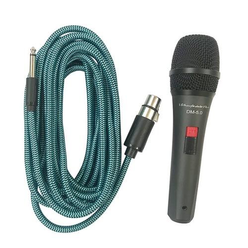 Micro có dây hát karaoke như ca sĩ chuyên nghiệp