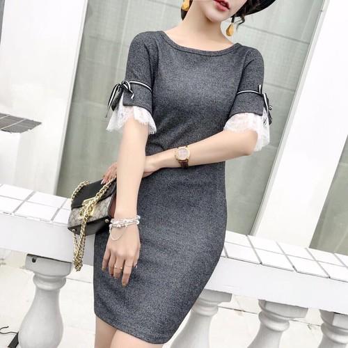 Đầm ôm phối tay ren trắng