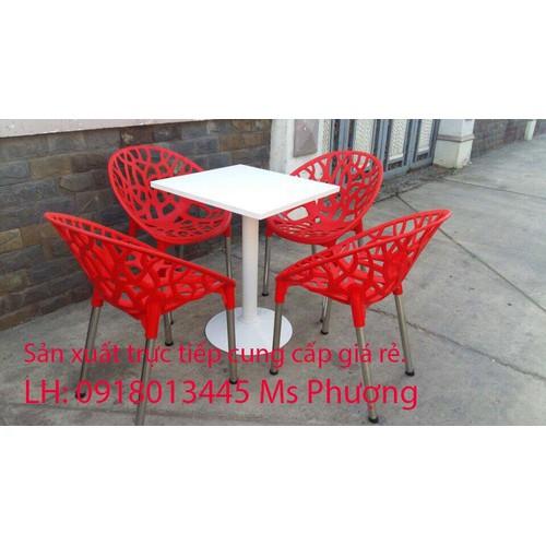 Bộ bàn ghế cafe nhựa đúc chân sắt giá rẻ.