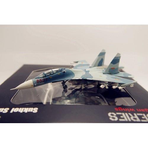 Mô hình máy bay SU-27UB không quân Việt Nam tỉ lệ 1:200