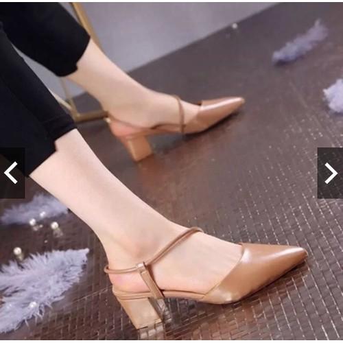 Giày sandal bít mũi quai chéo gót vuông 5p-Camlyn - 4597007 , 13666894 , 15_13666894 , 219000 , Giay-sandal-bit-mui-quai-cheo-got-vuong-5p-Camlyn-15_13666894 , sendo.vn , Giày sandal bít mũi quai chéo gót vuông 5p-Camlyn