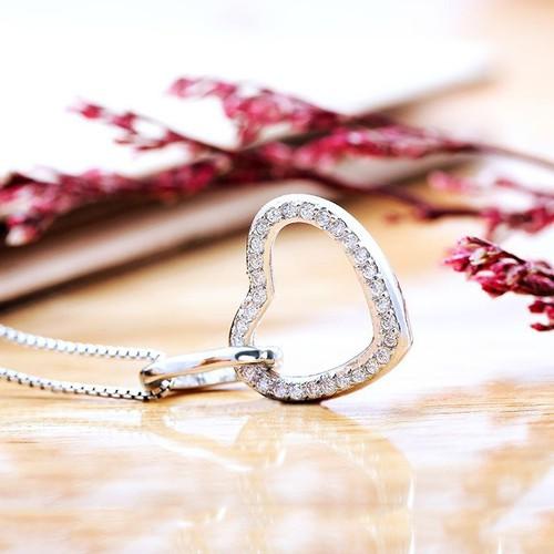 Mặt dây chuyền bạc Queen Of Hearts - 6977944 , 13719580 , 15_13719580 , 279000 , Mat-day-chuyen-bac-Queen-Of-Hearts-15_13719580 , sendo.vn , Mặt dây chuyền bạc Queen Of Hearts