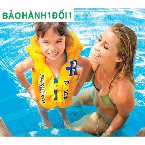 Áo phao bơi cho bé nổi lên an toàn cho bé khi bé tập bơi