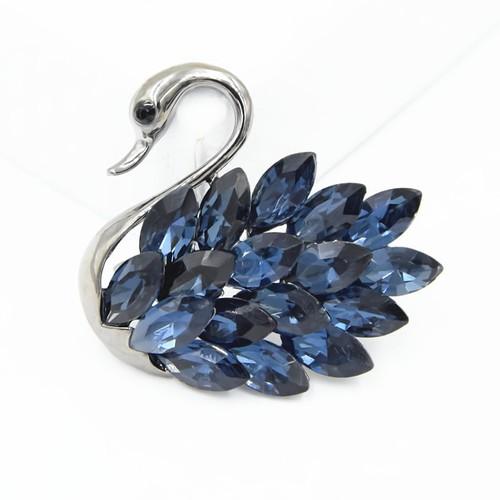 Cài áo thiên nga đính đá xanh quý phái - Obistore