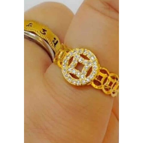 Nhẫn kim tiền mặt đá