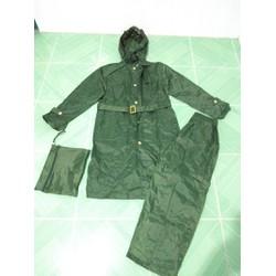 Bộ quần áo mưa măng tô
