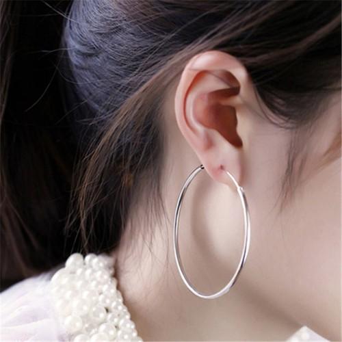 Khuyên tai o tròn siêu xinh sbsx
