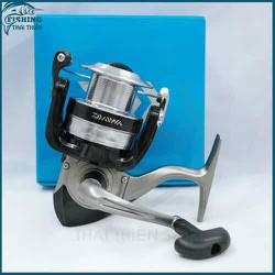 máy câu cá DAIWA 4000