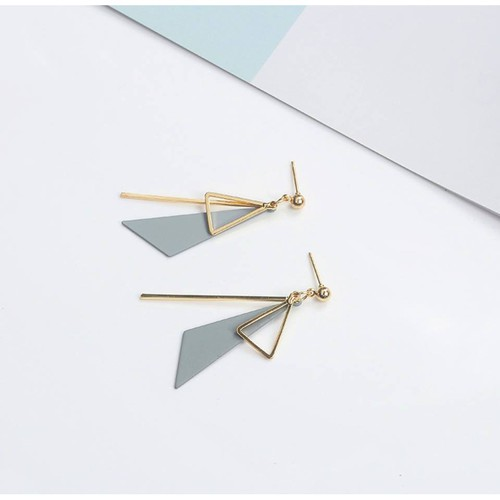 Hàng có sẵn hoa tai bông tai thời trang phong cách hàn quốc bông tai hình tam giác